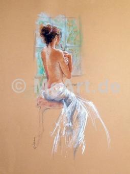 Sylvie waiting -