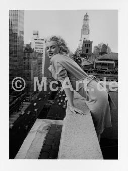 Marilyn Monroe on the Ambassador