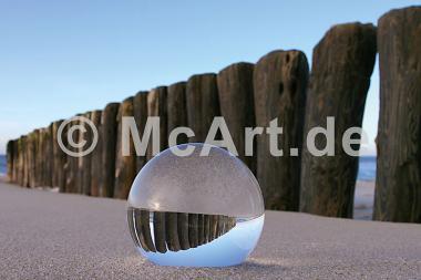 Kugel im Sand -